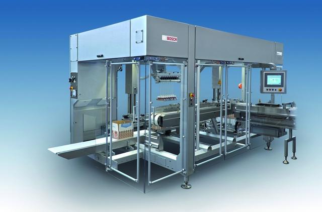 Bosch Sigpack TTMC case packer is designed for optimum OEE and maximum flexibility