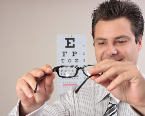 5 Signs You Need To See An Optometrist