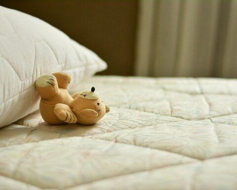 Relationship Between Sleep and Chronic Illness